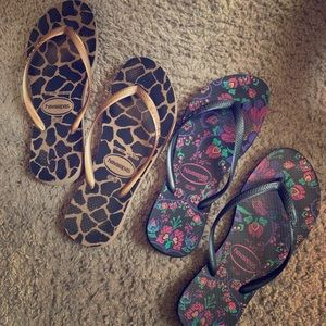 Bundle of Two Havaianas flip flops